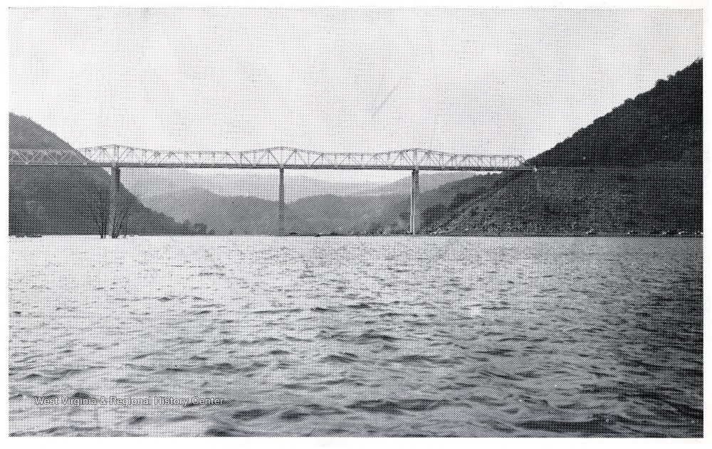 'Bluestone Bridge spanning Bluestone River. It is said to be the highest bridge in the world of its type of construction.'