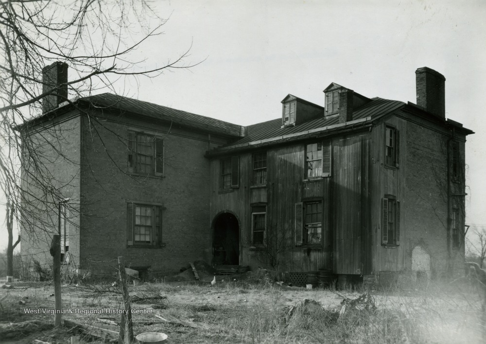 House was built in ca. 1845. Since the photograph was taken the house has been demolished.