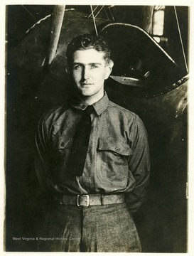 Postcard portrait of Lt. Louis Bennett, Jr.