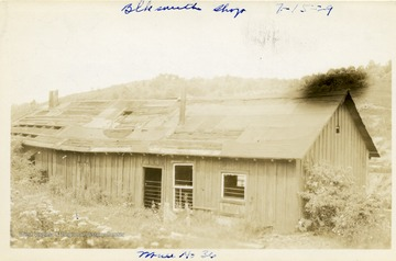 Wood building which served as the blacksmith shop at Mine No. 36, Thomas, W. Va.