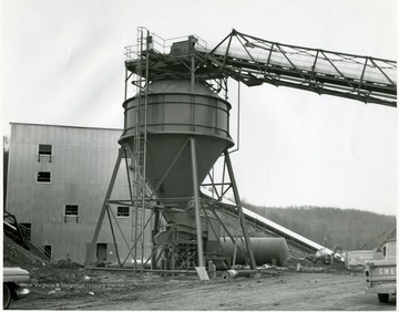 A conveyor belt runs to a coal shoot at the preparation plant, possibly Miracle Rune Mine.