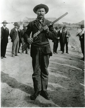 A Union man with gun and ammunition.