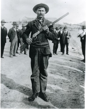 Union man with gun and ammunition.