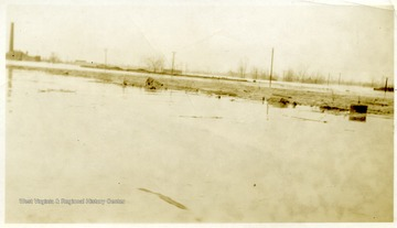 A flooded load yard at Muddy, Ill.
