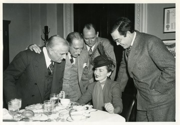 'Movie star Olivia de Havilland visiting senators on occasion of the premiere of Gone With the Wind in Washington D.C.'
