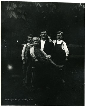 Man and three children, Helvetia, W. Va.