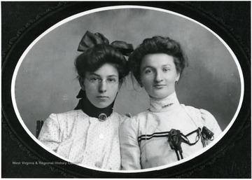 Portrait of two unidentified women, Helvetia, W. Va.