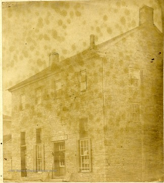 'Greenbrier County's Second Courthouse erected in 1820. Was D. J. Ford and Son's Store from 1837 until the great fire.'