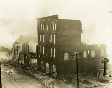 'Fire that burned down the old Strand Theatre on High Street.'
