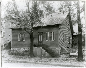 'Built around 1790, stood at the N. E. corner of University and Fayette untill 1930.'