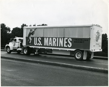 Defense Department Photo (Marine Corps) No. 403253.