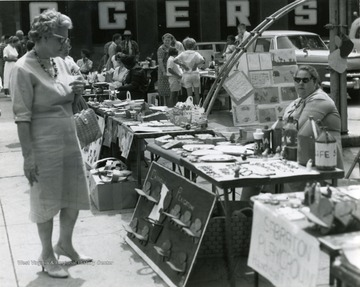 'Variety sale on Court House Square in Morgantown'. Tables represent area playgrounds - Sabraton and Cassville tables visible.