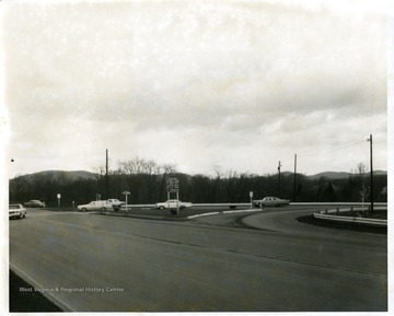Cars at the intersection of Monongahela Boulevard and Patteson Drive in Morgantown, West Virginia.