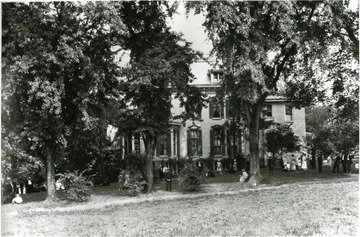 The A. L. Wade house on Chancery Hill.