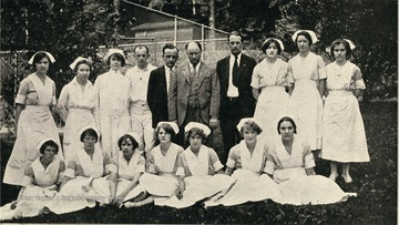 Group portrait of the medical and nursing staff at McKendree Hospital No. 2.