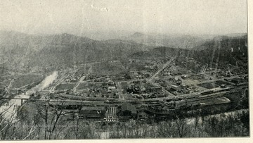 Showing the Town of Gassaway of Elk River looking southeast, and topography of Monongahela and Conemaugh series. Coal and coke Railroad shops in the foreground in Braxton County, W. Va.