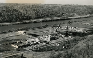 A view of the Mobay Chemical Company plant near New Martinsville and Moundsville.