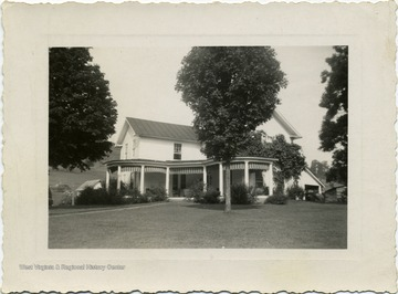 Located on Hans Creek, photo was taken after house was remodeled.