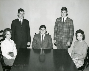 A student party meeting: from left to right Sarah Meek, Charles Walls, Russ Williams, David Hardesty and Sandra Buckley.
