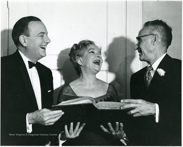 Shown here are from left to right, Maurice Evans, Helen Hayes, J. W. Draper, (faculty).