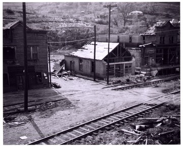 A view of Mount Clare after the tornado, Hutchinson Coal Company Store and the company meat house damaged.