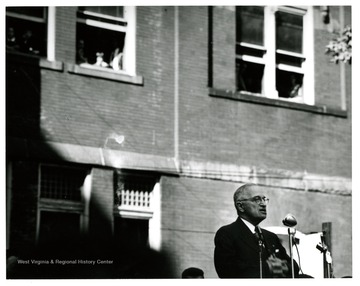 President Truman on Morgantown Courthouse Square.