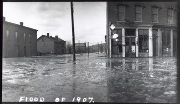 This photo was taken during the Flood of 1907.