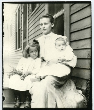 Ruth, Ida, and John Hofer.