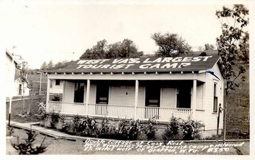 West Virginia's largest tourist camp and restaurant, 37 miles west of Grafton, West Virginia.