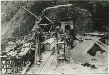 Construction site on the east portal of the tunnel near Hinton, W. Va.