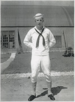 Honaker pictured in uniform.