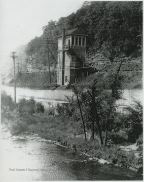 Photo taken north from Foss Bridge near Bellepoint. The cabin served as a telegraph office.