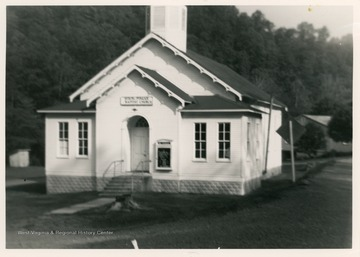 Mt. Pisgah Baptist Church was organized in 1835. The present building was dedicated in 1876 and remodeled in 1933.