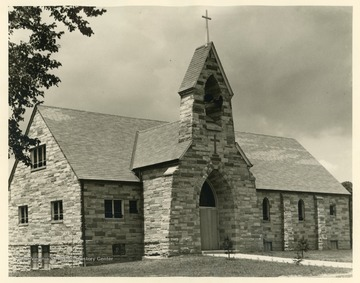 New Bethel Methodist Church was organized between 1784 and 1786.  The church burned in 1942.  The church then met in the community hall until August 1948. Money was raised and the present stone church was dedicated in 1948.