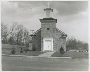 The church was established in 1818 after years of mass ceremonies, baptisms, and other sacraments were administered in people's homes. During the Civil War, both the Union and Confederate soldiers used the original building for a fort and base hospital before Union soldiers completely destroyed it.