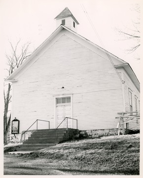 The church was first called Booths Creek and later changed to Middleville.  It was organized in 1825.