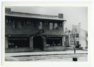 Richard Restaurant on the corner of Kirk and High Streets. The building no longer exists.