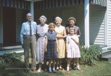 Left to right: Leonard Otis Dotson, Vashti Lee Johnson Dotson, Linda Warden, Loxie Lee Dotson Borror, Barbara Lee Borror Warden, and Janet Warden. Janet and Linda are daughters of Barbara, who is the daughter of Loxie, who is the daughter of Leonard and Vashti.